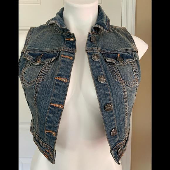 Look Jackets \u0026 Coats   A Cute Jean West